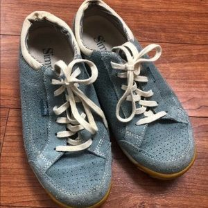 Simple Womens Sz 6.5 Blue Suede Leather Oxfords